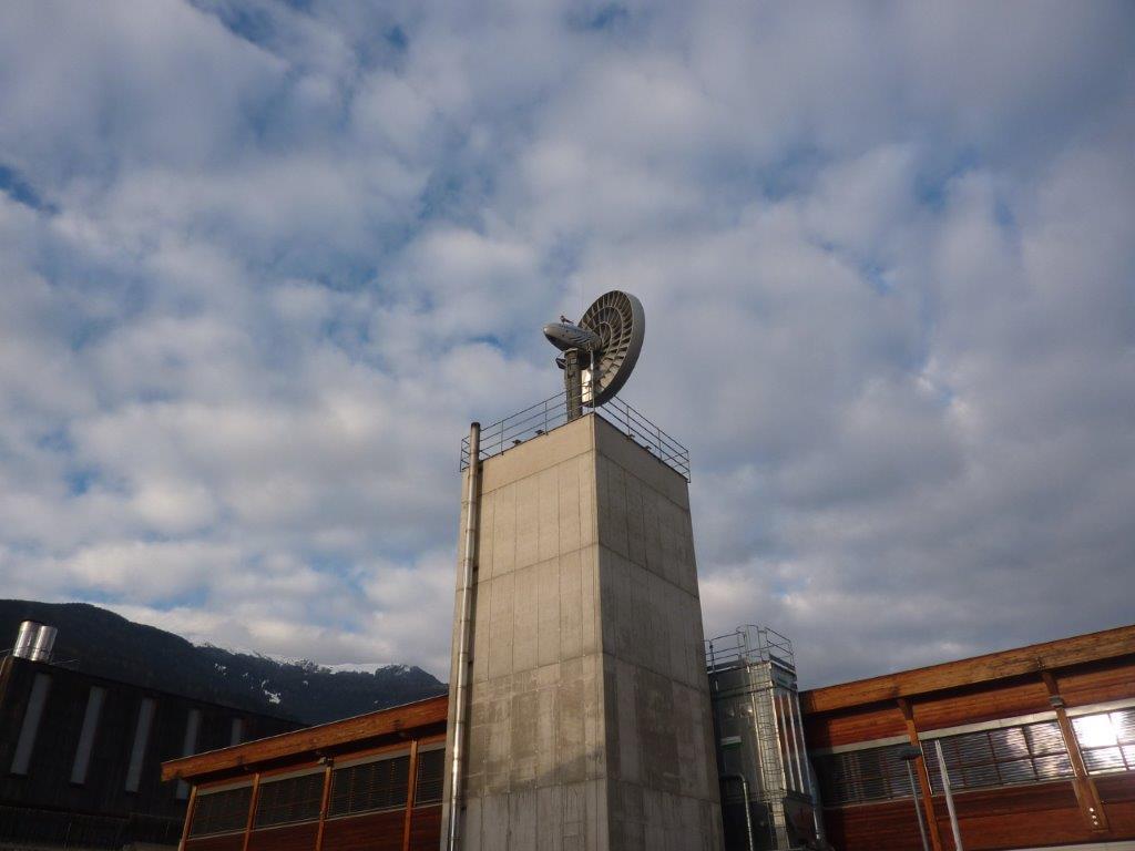 Windgigant_20_kW_-_Ansicht_1_mit_Hochsilo_-_Kopie